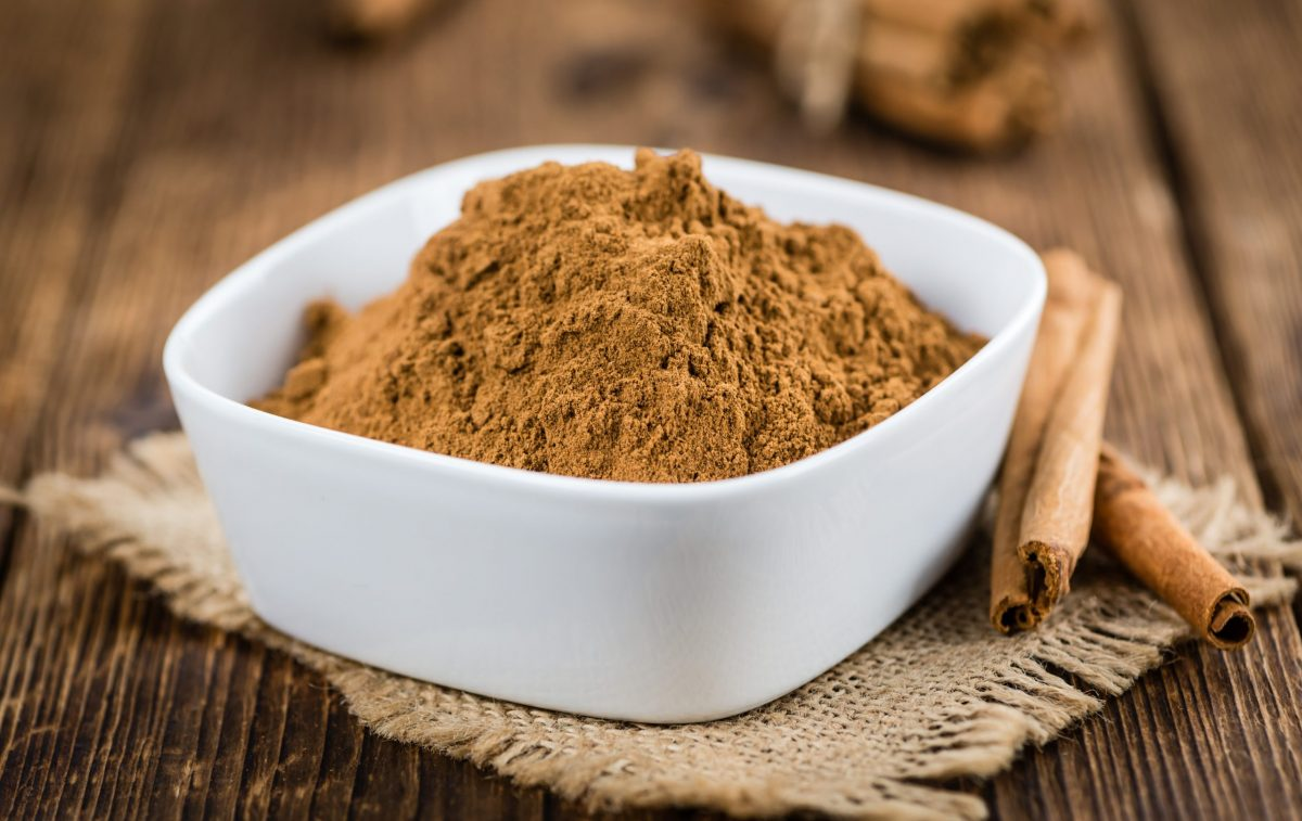 Cinnamon,Powder,As,High,Detailed,Close-up,Shot,On,A,Vintage